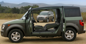 2003_Honda-Element-Doors-open